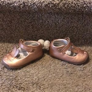 b70b6b62296f Carter s Shoes - Carters early Walker size 4.5 rose gold shoes